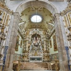 Igreja da Misericórdia mantém estilos artísticos históricos e é ponto turístico