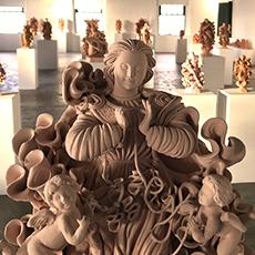 Exposição celebra tradição dos mestres santeiros